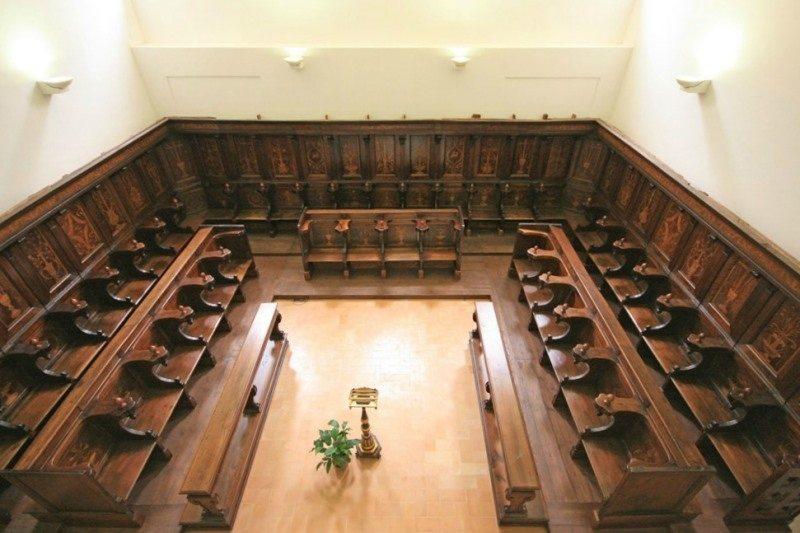 Il coro ligneo del Monastero di Santa Chiara