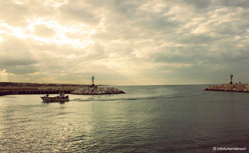 Tramonto al molo di Senigallia - © Infoturismiamoci