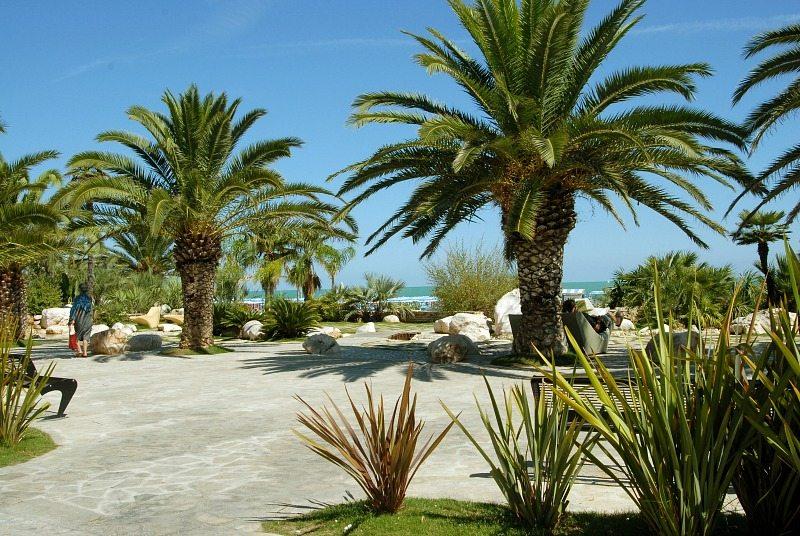 Giardini tematici lungomare Sud