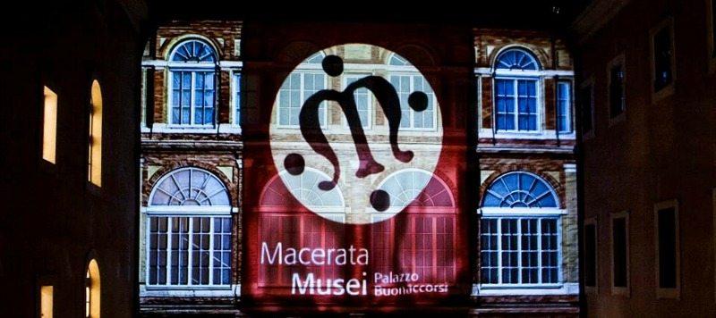 La facciata di Palazzo Buonaccorsi di Macerata