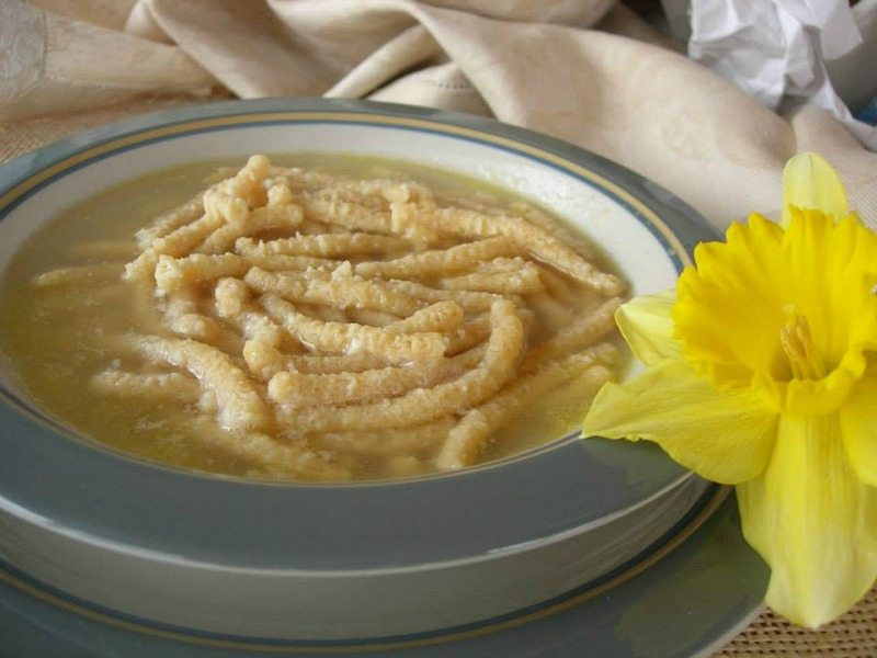 passatelli-in-brodo-marche