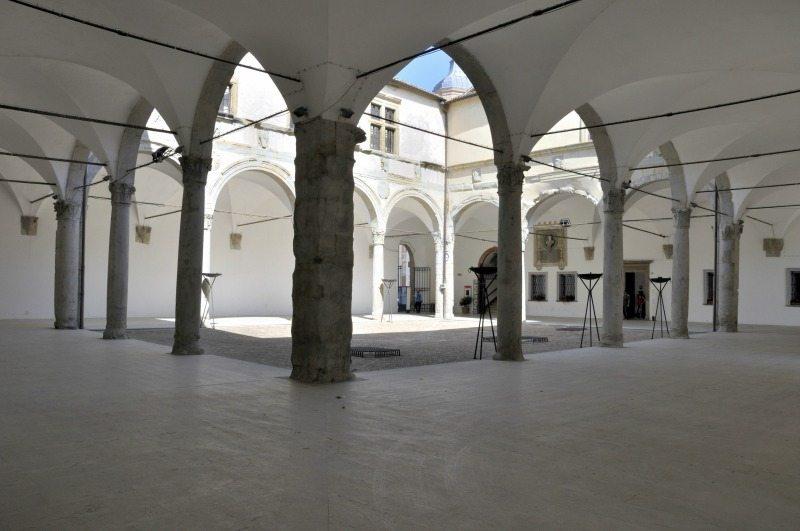 Il cortile del Palazzo Ducale di Camerino © Comune di Camerino