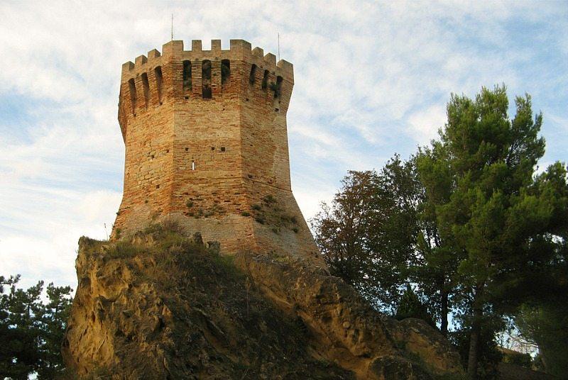 torre-onglaviana-treia