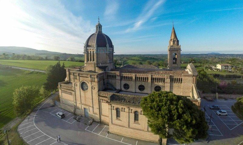 Santuario-Santissimo-Crocifisso-Drone