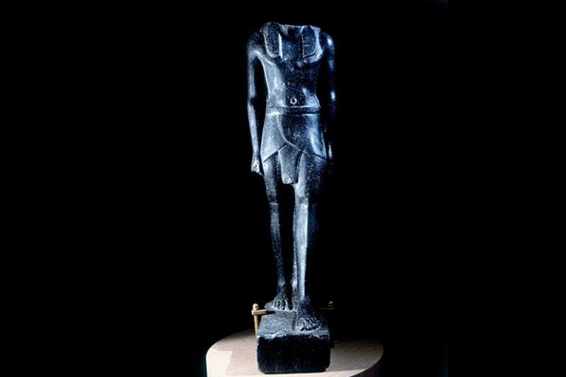 reperti-egizi-museo-archeologico-treia
