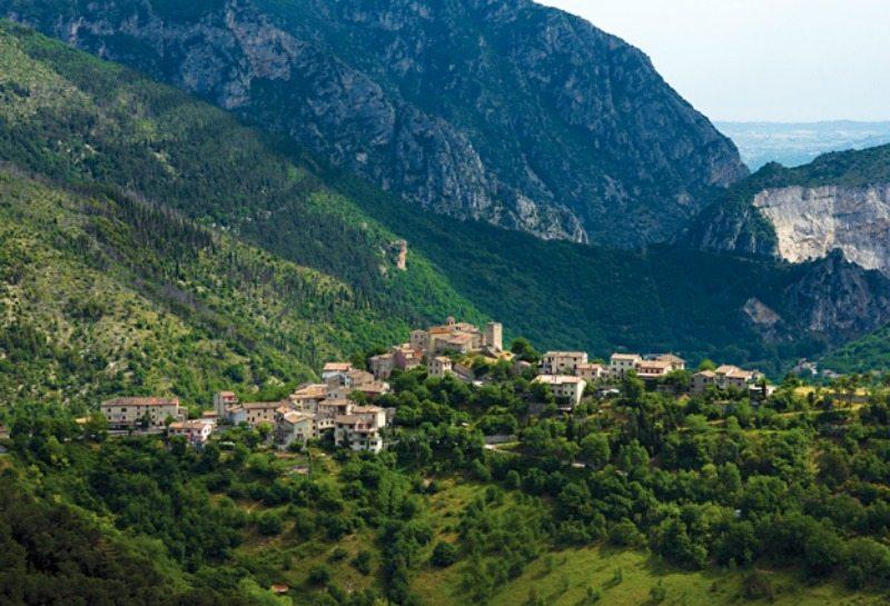 Una veduta di Pierosara (AN) © Marche Tourism su Flickr