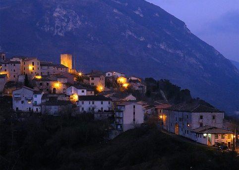 La vista del castello di Pierosara © Marco Lorenzetti