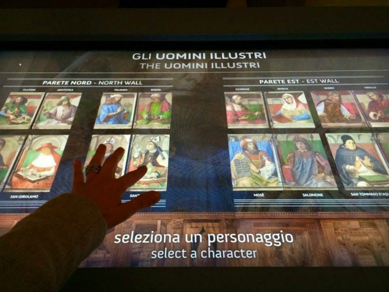 L'apparato multimediale  della mostra ad Urbino