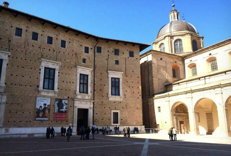"""La mostra """"Lo Studiolo del Duca"""" è all'interno di Palazzo Ducale sede della Galleria Nazionale delle Marche"""