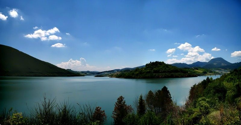 Il Lago di Castreccioni, Cingoli (MC) © Enrico Pighetti da Panoramio
