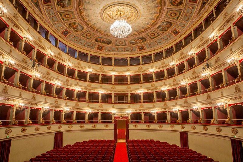 Teatro G.B. Pergolesi a Jesi (AN) © Rosalia Filippetti