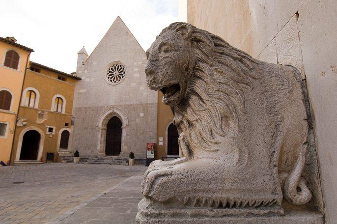 Il borgo medievale di Visso (MC) © Associazione Bandiere Arancioni