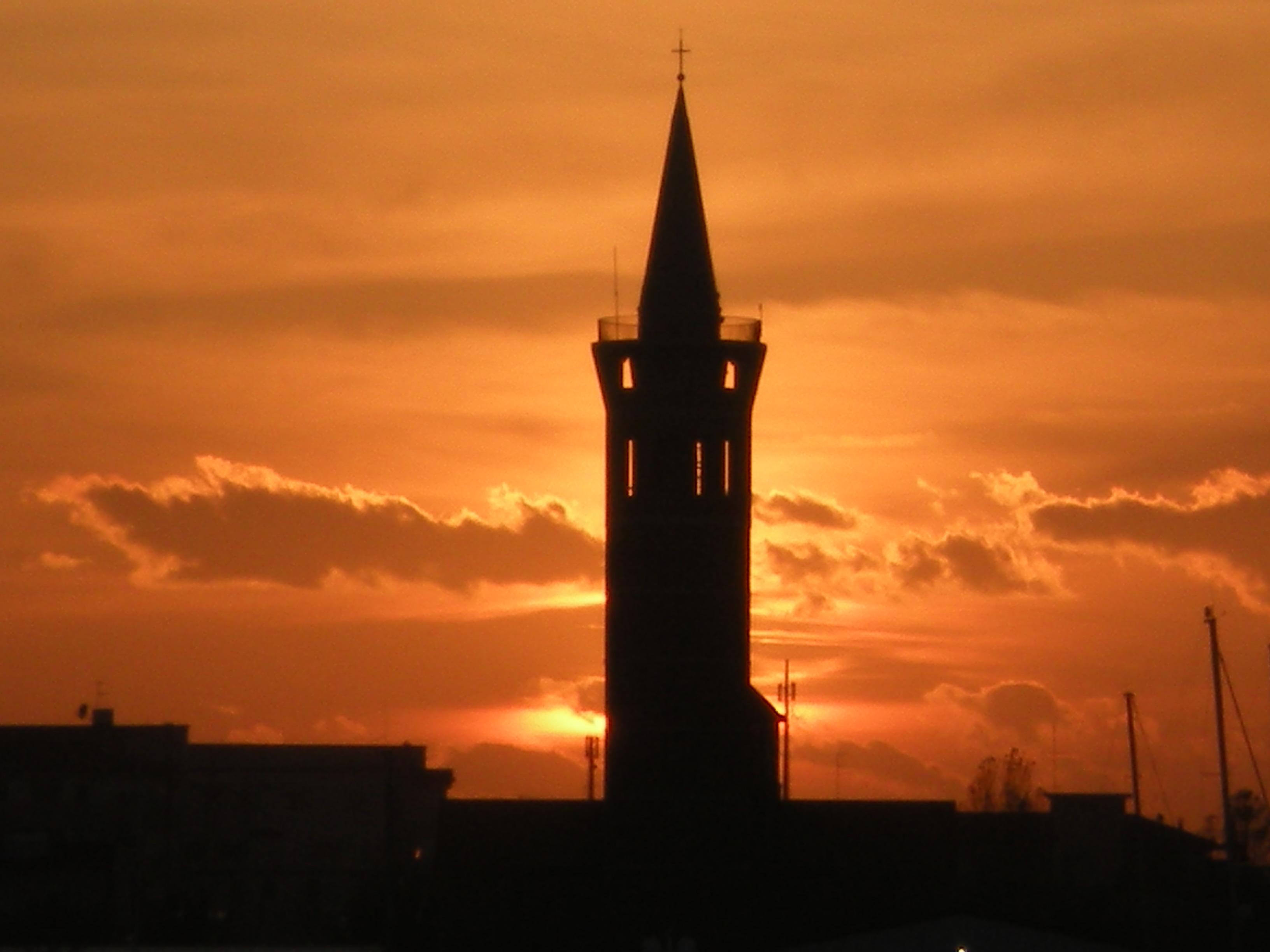 La torre del Cristo Re a Civitanova Marche © Marche Traveling