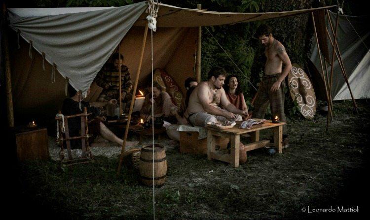 tenda Teuta Senones Pisaurenses