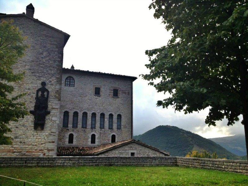 Monastero della Santa Croce di Fonte Avellana © Marche Tourism