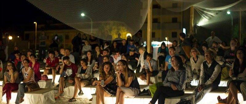 Il pubblico dell'edizione 2014 di Demanio Marittimo.Km-278 © Mappelab