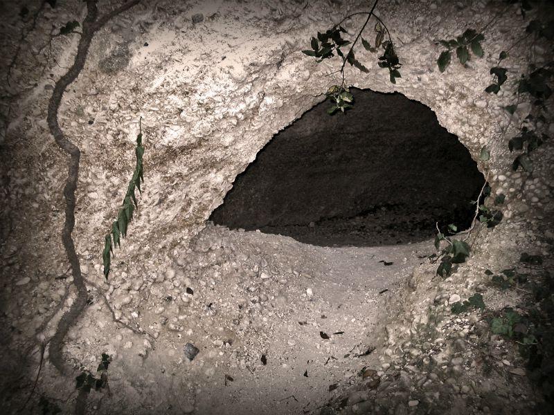La Grotta degli Amanti © Villa Lattanzi