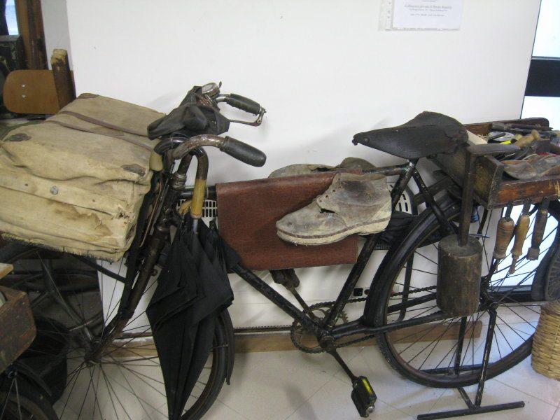 La bicicletta del ciabattino al Museo degli Antichi Mestieri di Massa Fermana (FM)