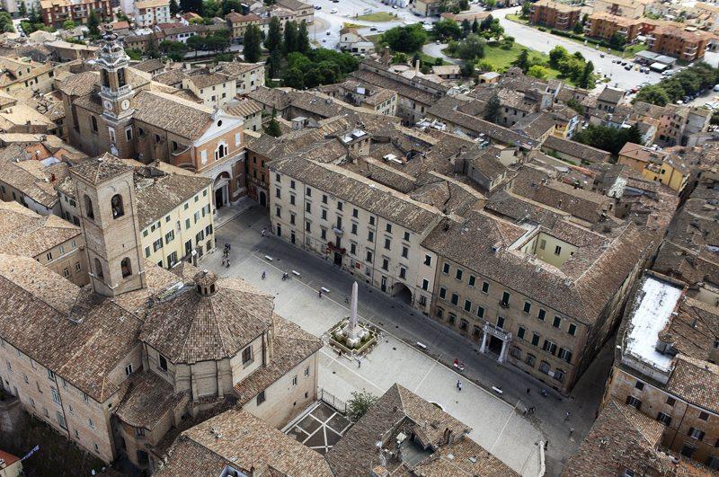 Piazza Federico II - Foto Maurizio Paradisi