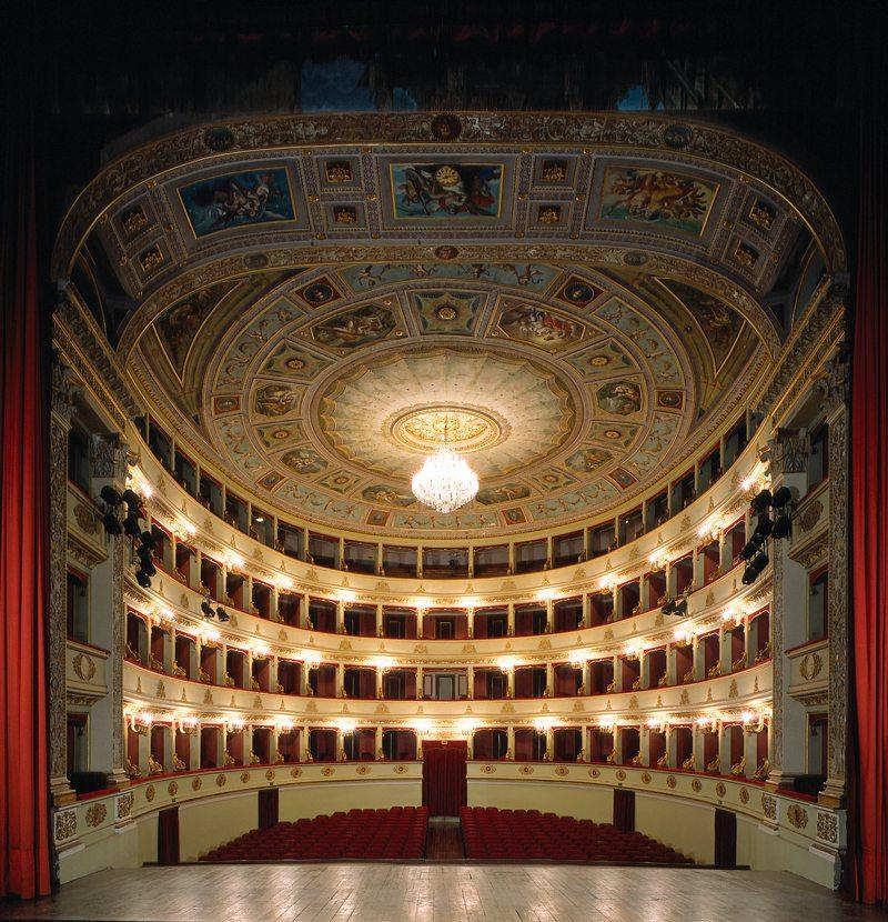 ll Teatro Pergolesi di Jesi (AN)