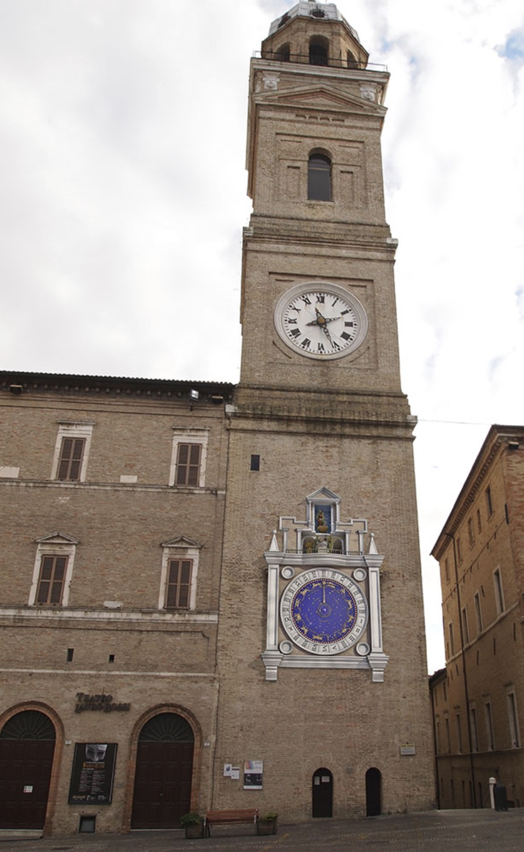 La torre dell'orologio, Macerata