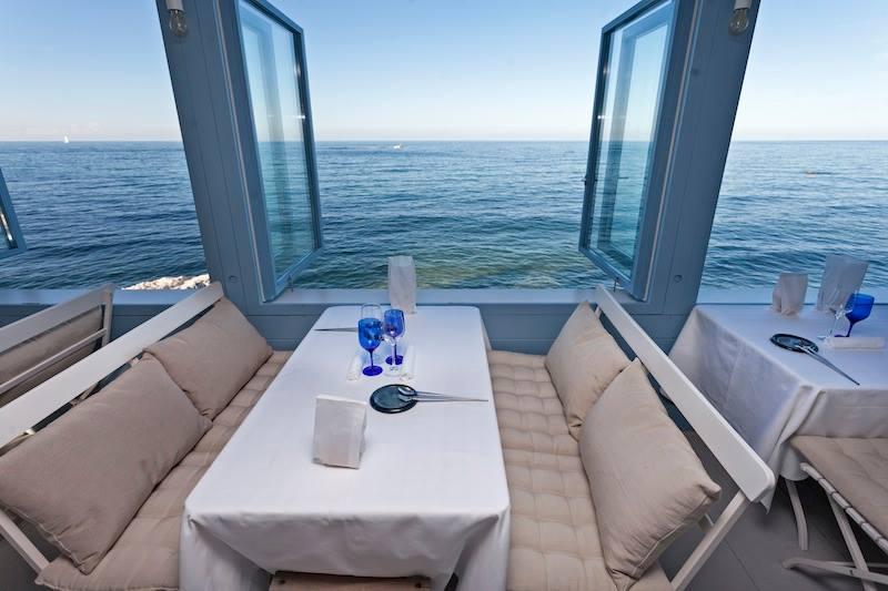 Il mare Adriatico visto dal ristorante Clandestino