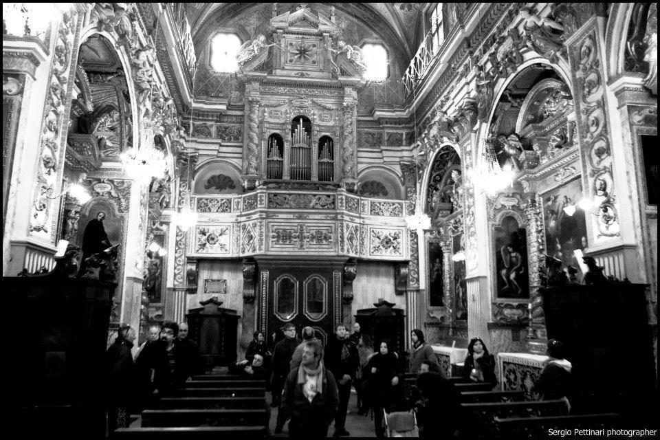 La chiesa di Santa Lucia a Serra San Quirico visitata durante un tour fotografico