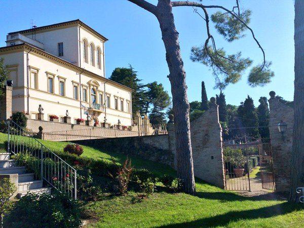 Villa Caprile e il suo giardino all'italiana Pesaro
