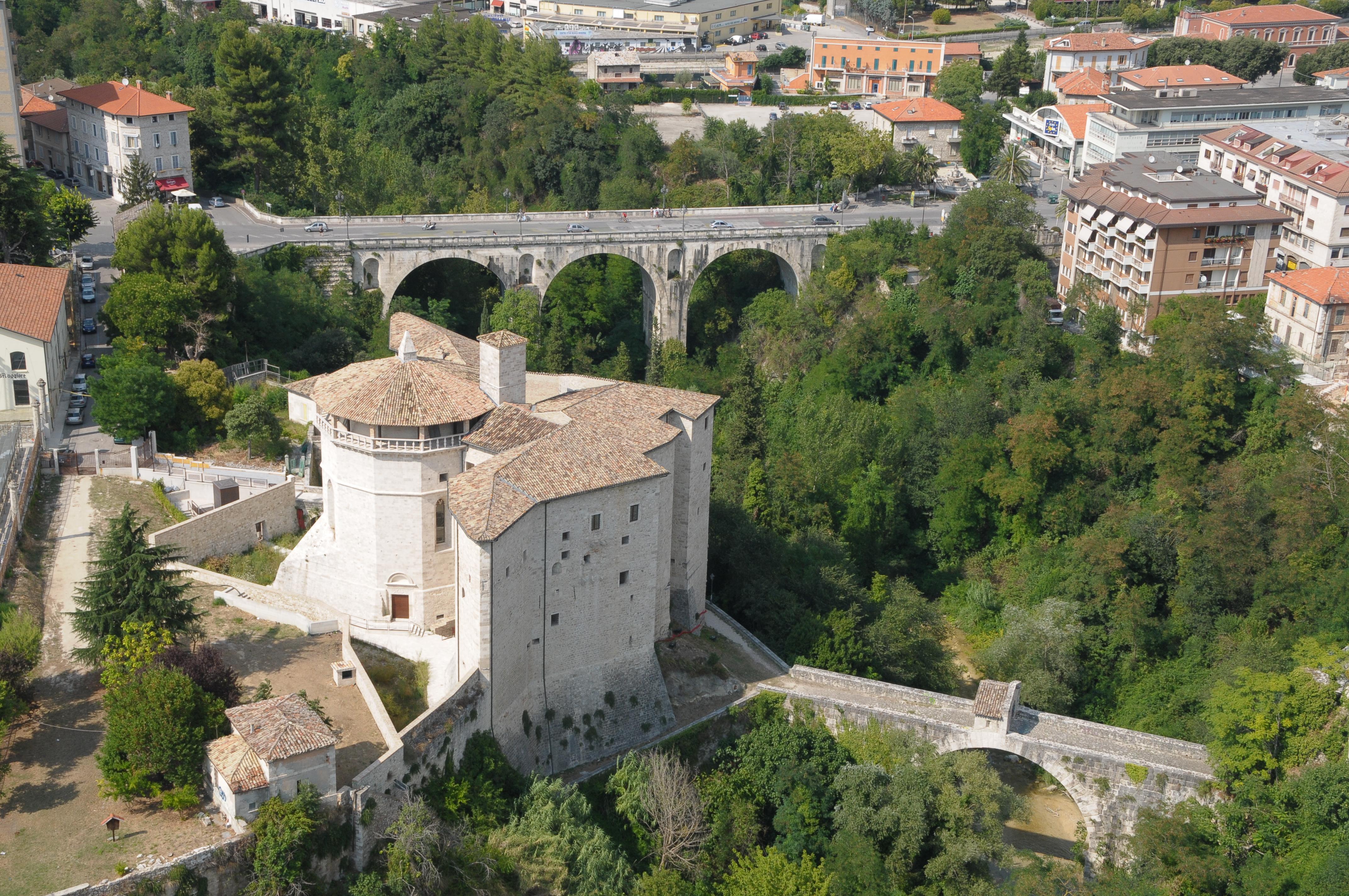 Il Forte Malatesta e il Ponte Romano Augusteo © Foto Spot