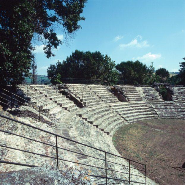 teatro-romano-di-falerone-falerio-picenus