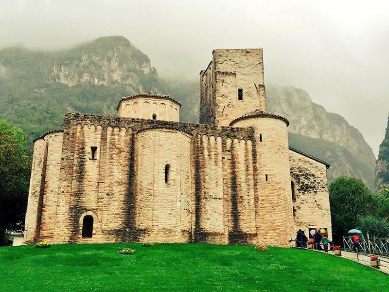 L'Abbazia di San Vittore: una perla nel cuore del Parco