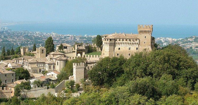Il maestoso Castello di Gardara – Foto © Massimo Sarti