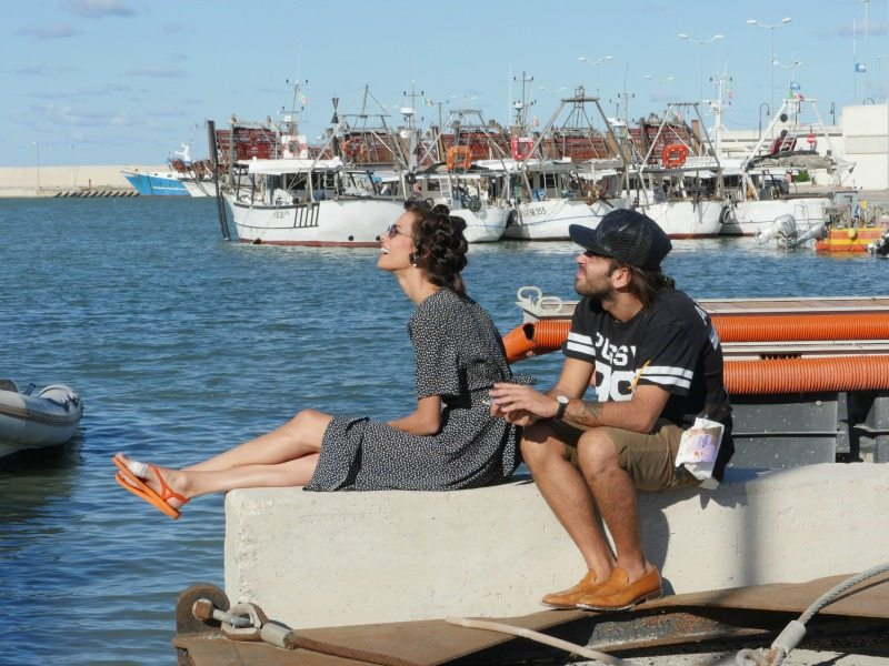 """Scena del film """"Come saltano i pesci"""" a Porto San Giorgio. Foto di Fanny Bergè"""