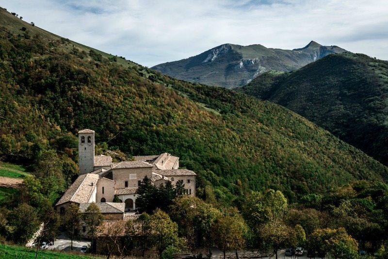 Monastero di Fonte Avellana. Foto Turismo Marche