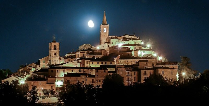 castignano-notturna