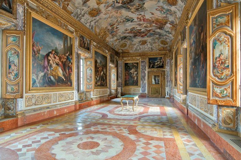 Palazzo Buonaccorsi, Galleria dell'Eneide