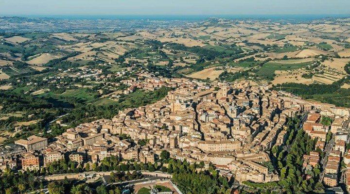La città di Macerata vista dall'alto