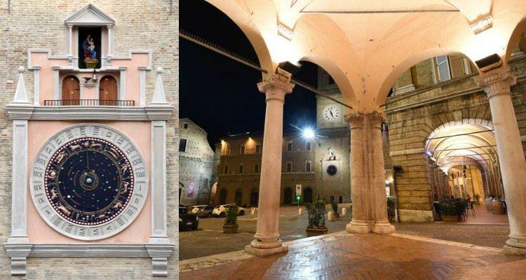 L'orologio planetario e i portici di Piazza della Libertà