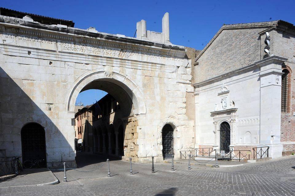 L'Arco di Augusto nella città di Fano