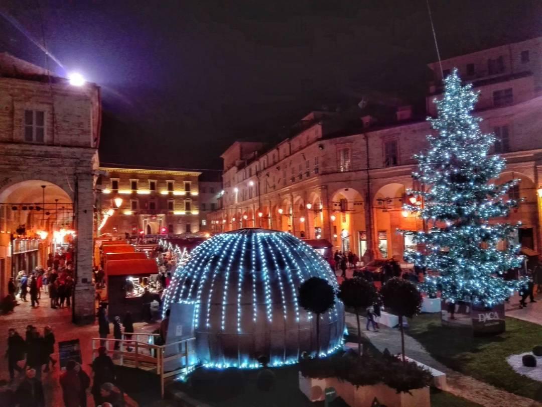 Natale a Fermo Foto di @sarras15 da Instagram