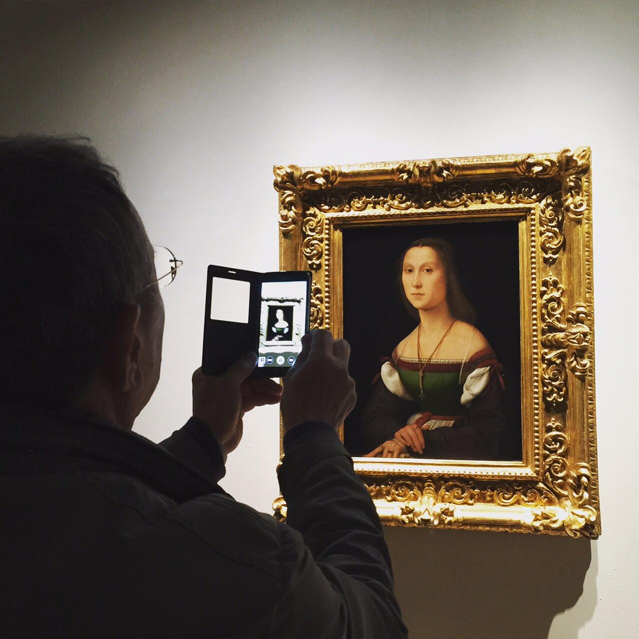 """""""La Muta"""" di Raffaello tornata al suo splendore originale dopo il restauro. Palazzo ducale di Urbino (PU)"""