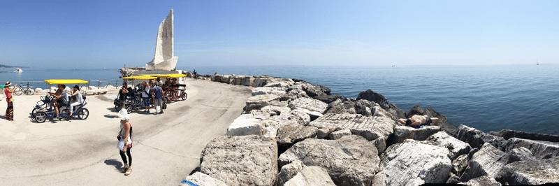 Una panoramica del porto di San Benedetto del Tronto