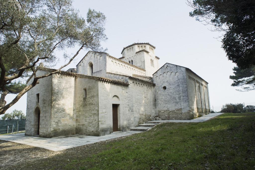 Ancona-Santa-Maria-di-Portonovo-009