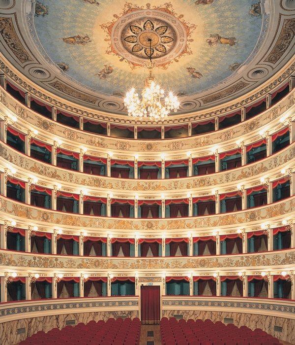 Teatri e Opera Lirica nelle Marche: Teatro Ventidio Basso di Ascoli Piceno