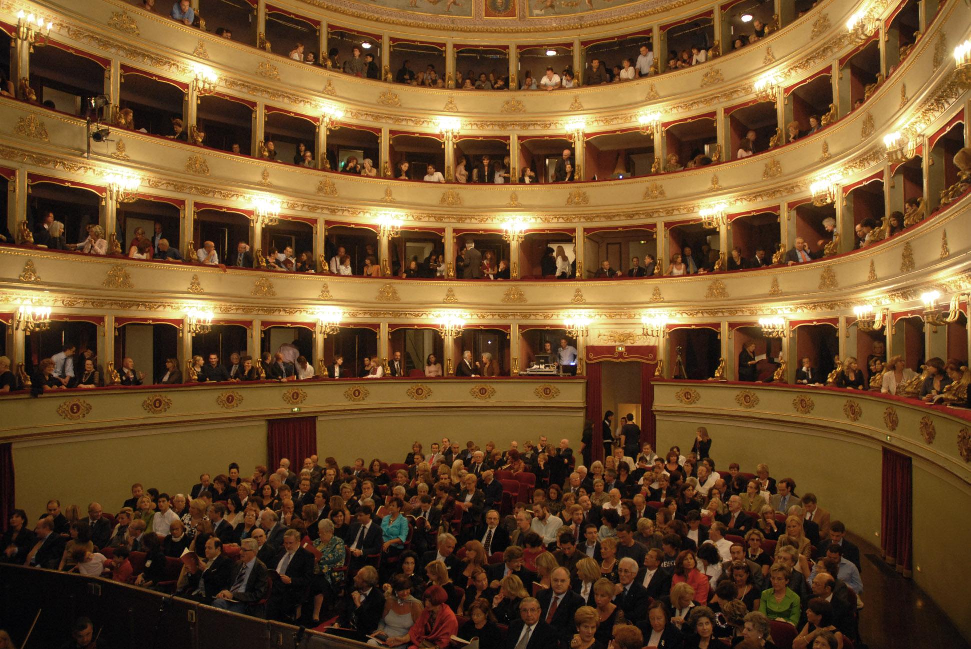 Teatri e opera lirica nella Marche: Teatro Pergolesi di Jesi