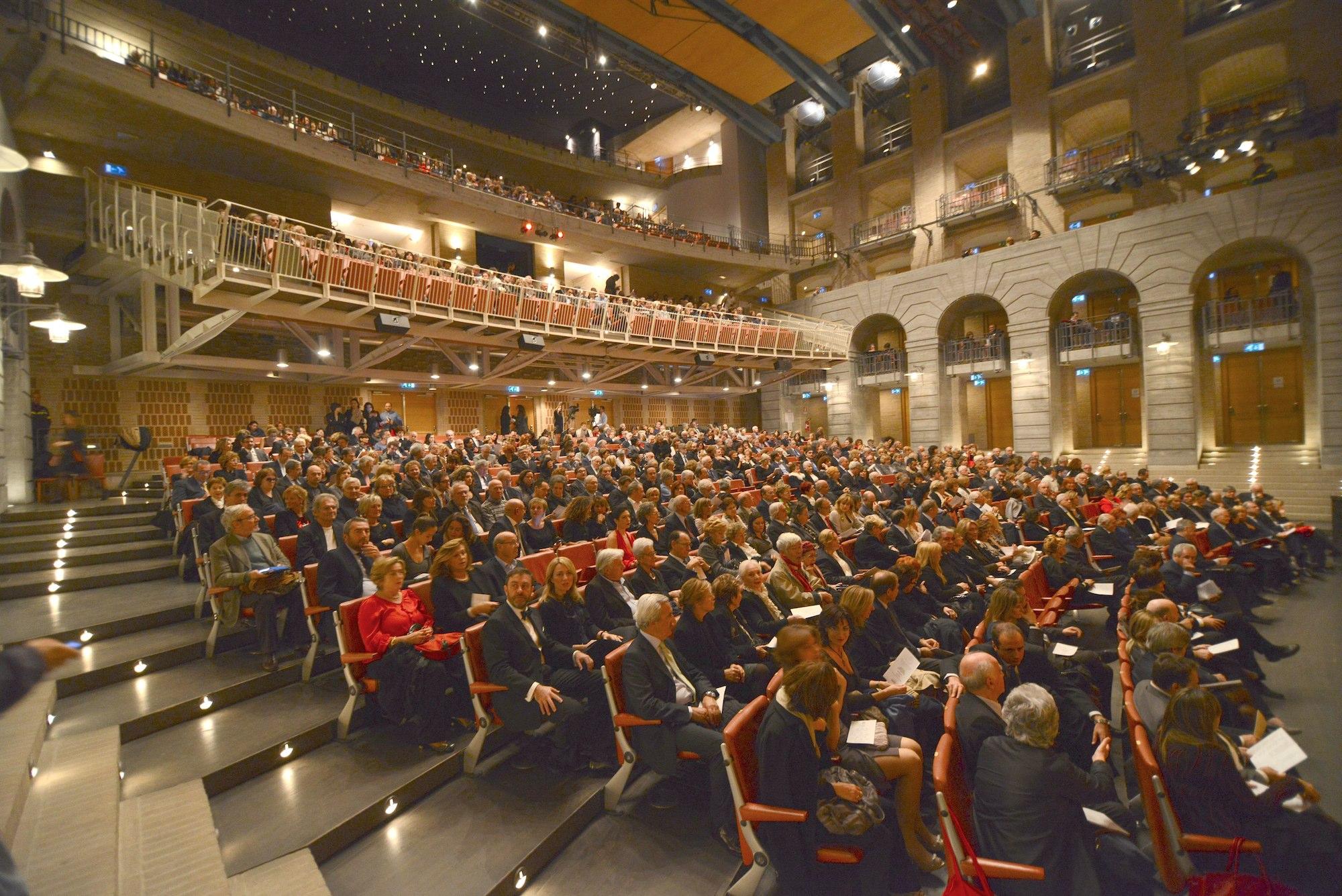 Teatri e Opera Lirica nelle Marche: Teatro delle Muse di Ancona