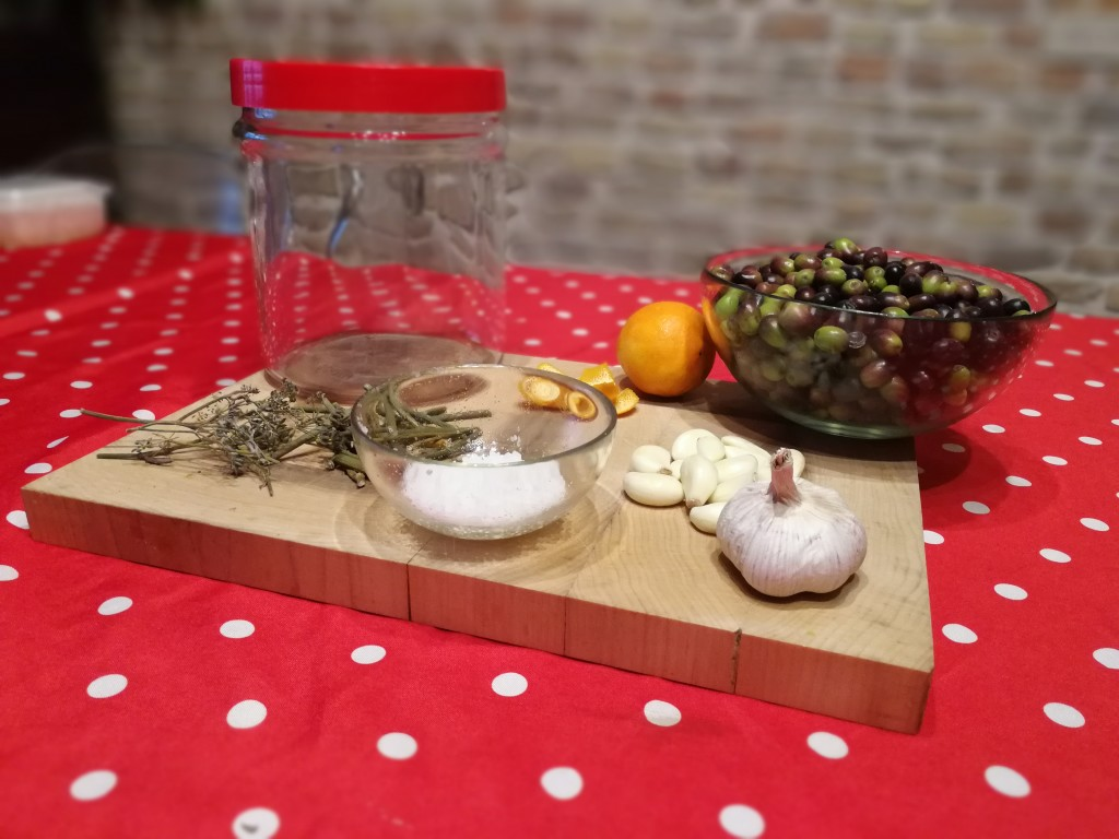 ingredienti olive nere alla marchigiana