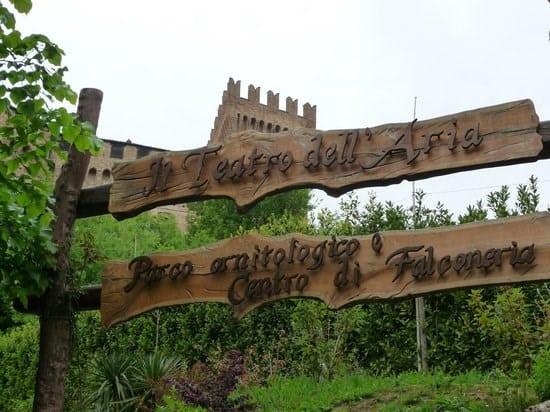 Gradara - Teatro dell'Aria - Parco Ornitologico e Centro di Falconeria