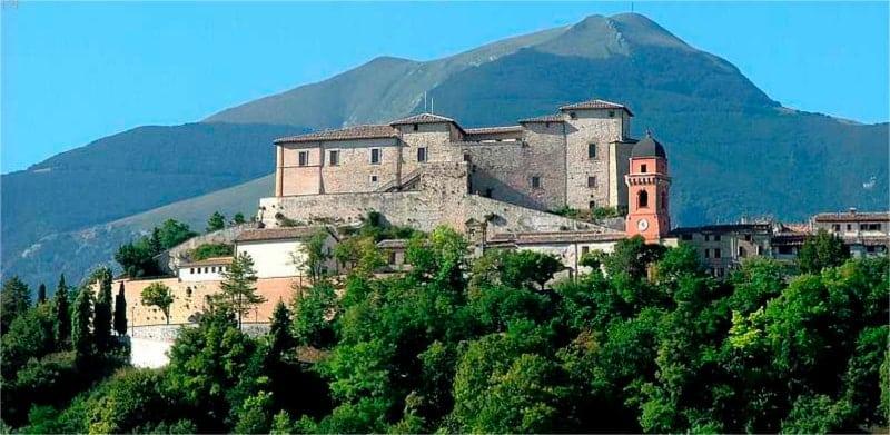 Castello di Frontone