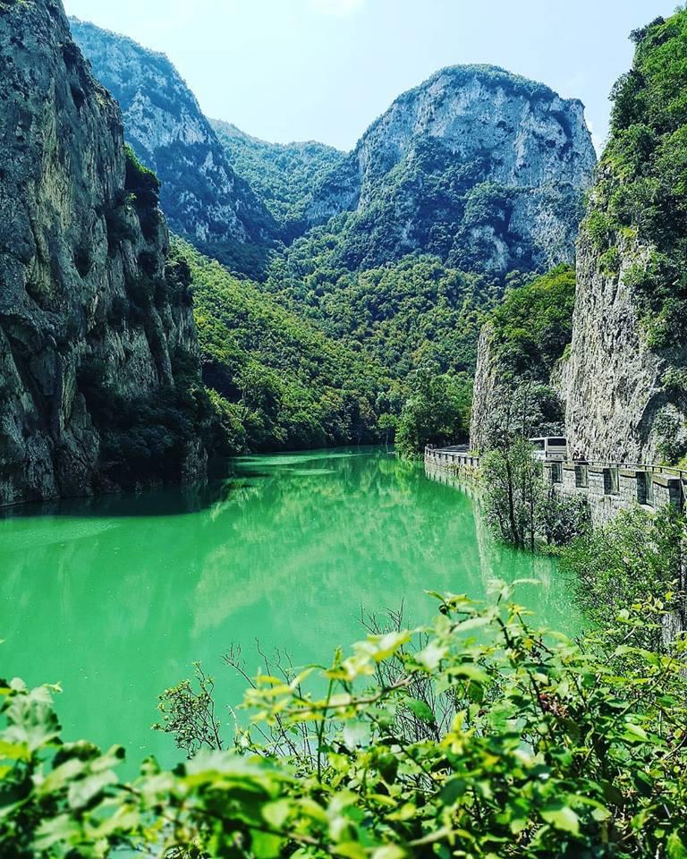 Acqualagna- Lago del Furlo